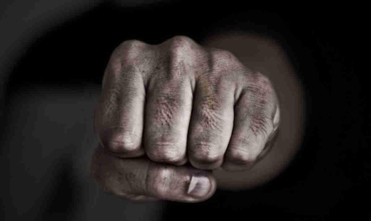 В Акмолинской области на пенсионера совершено разбойное нападение