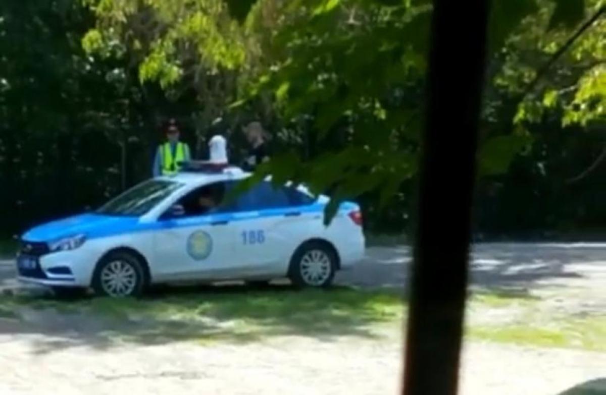 Полицейские спасли жизнь пожилому мужчине в Караганде