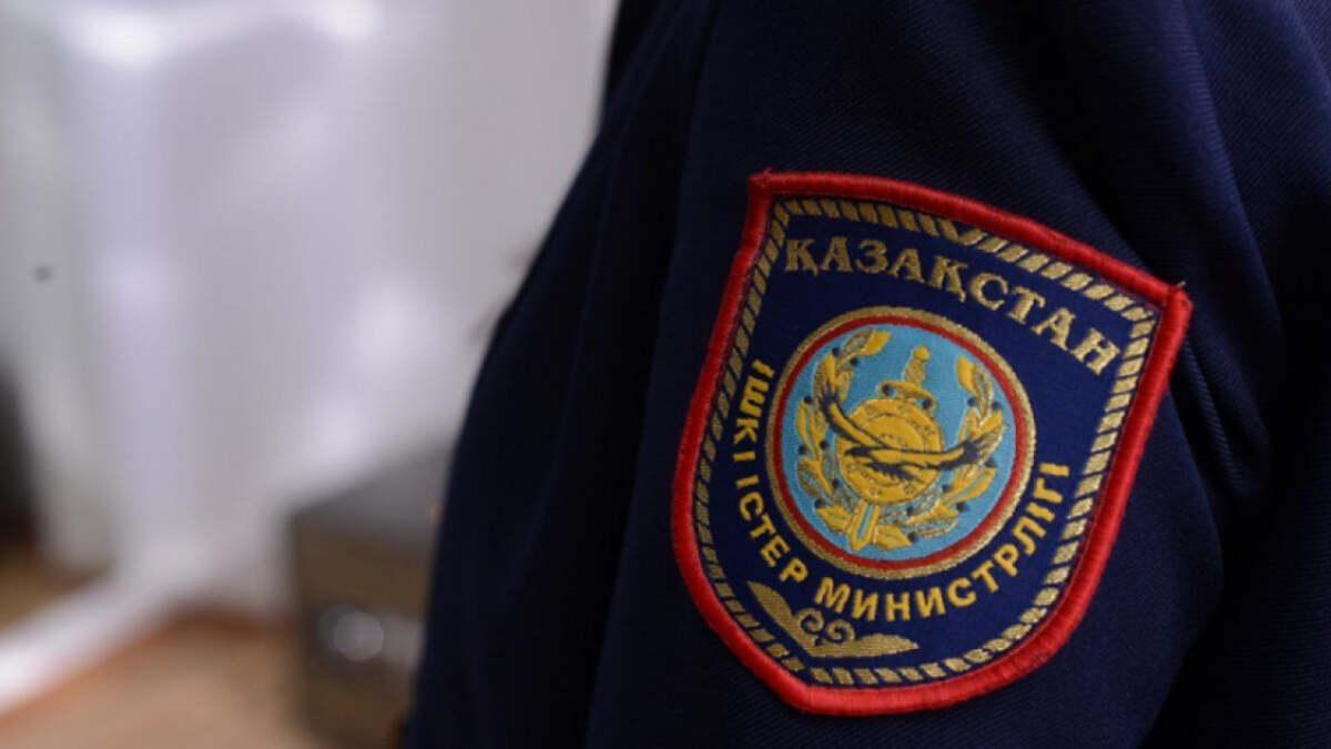 Кусты конопли обнаружили полицейские во дворе жителя Атырау