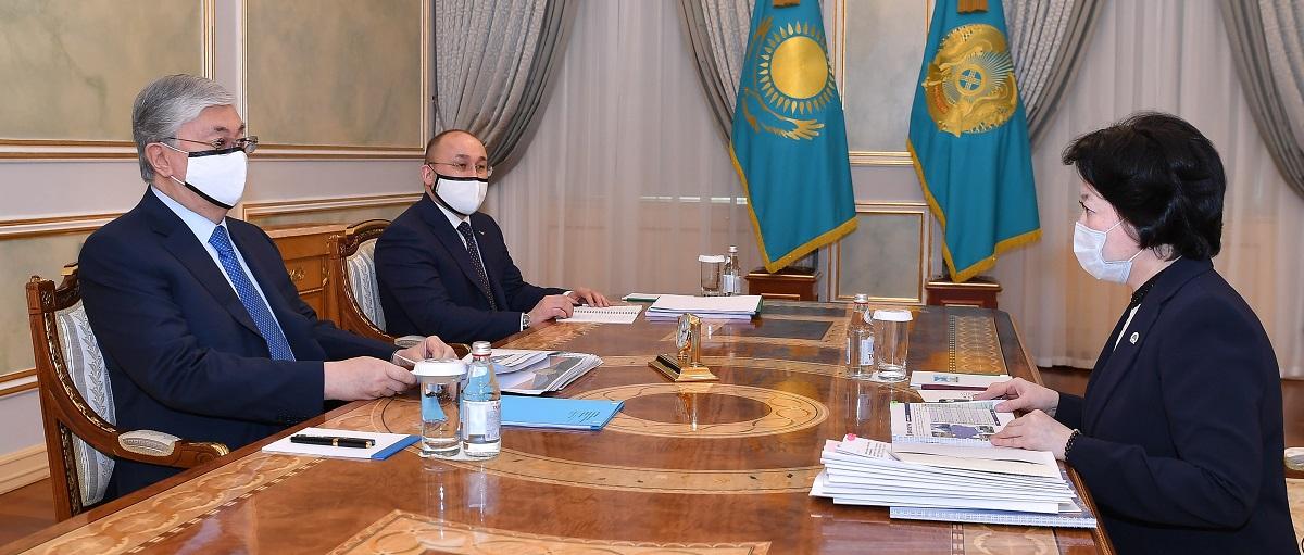Глава государства принял министра культуры и спорта Актоты Раимкулову