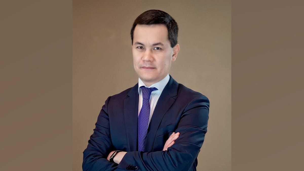 Мирас Дауленов освобожден от должности вице-министра образования и науки РК