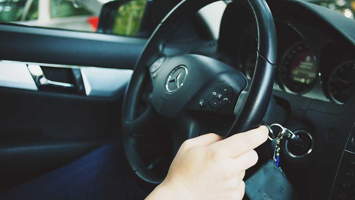 Казахстанцы хотят ездить на Mercedes: исследование