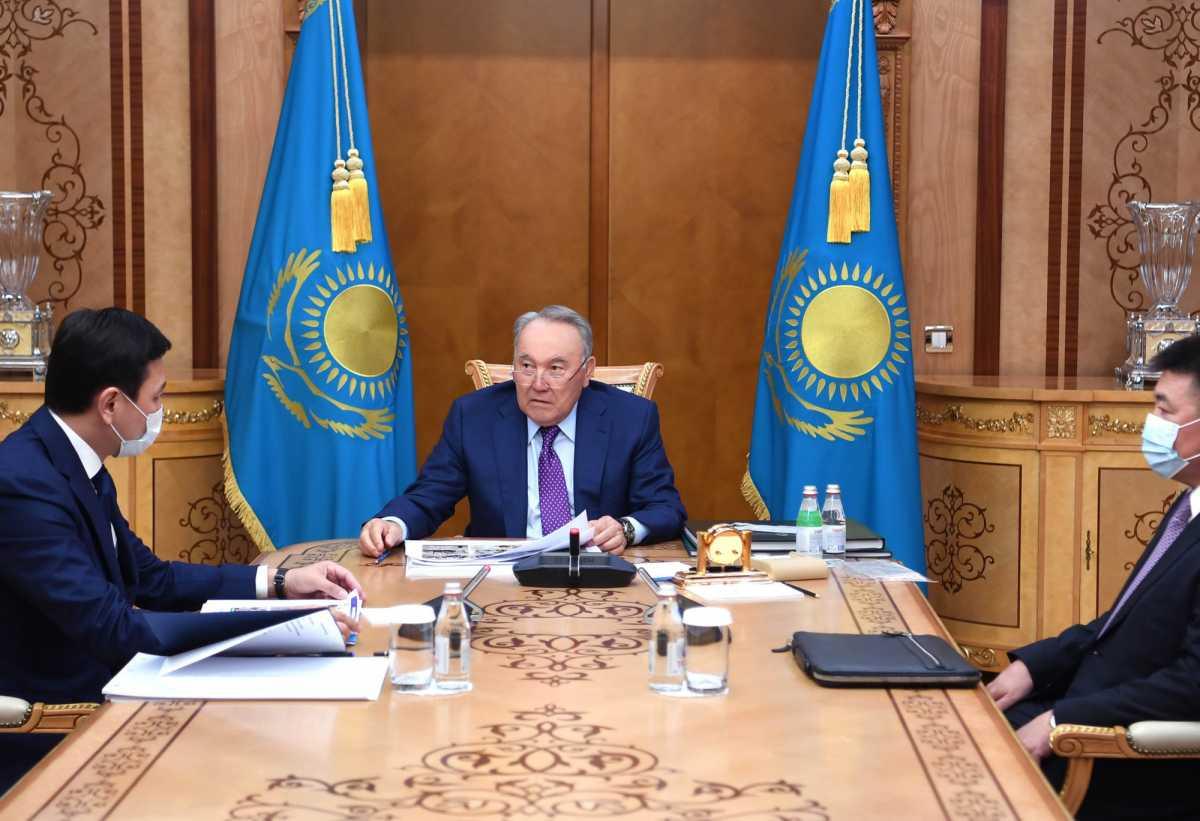 Назарбаев принял акима Нур-Султана