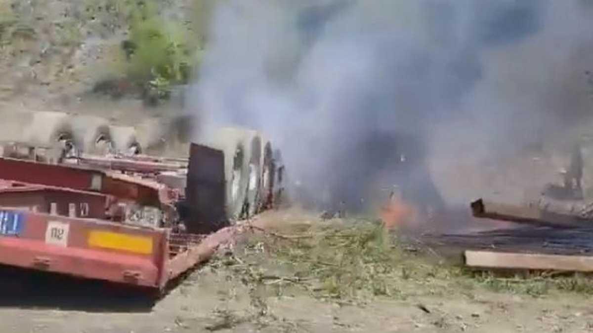 Грузовик сгорел в ВКО: число жертв достигло четырех, среди погибших - два ребенка