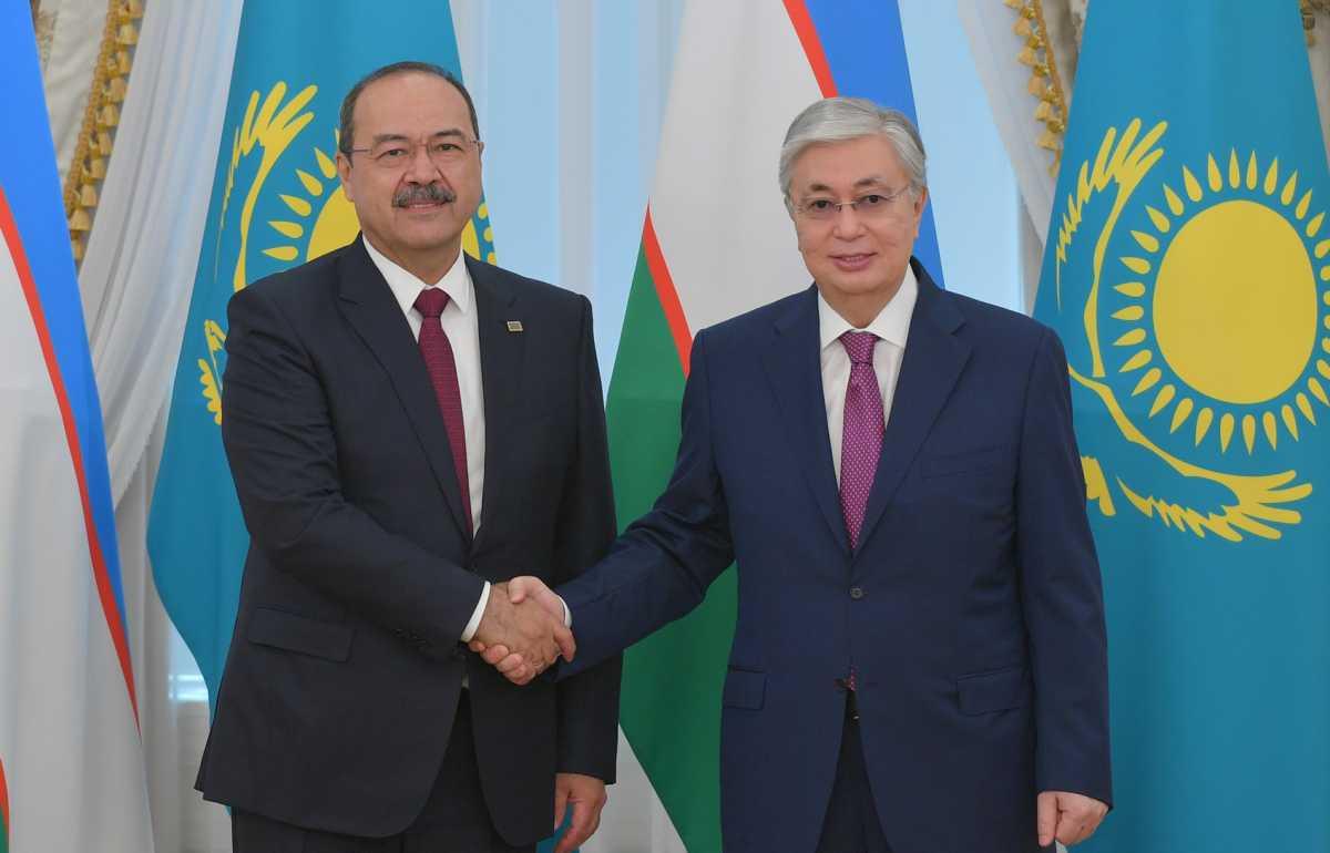 Токаев обсудил с премьером Узбекистана дальнейшее сотрудничество двух стран