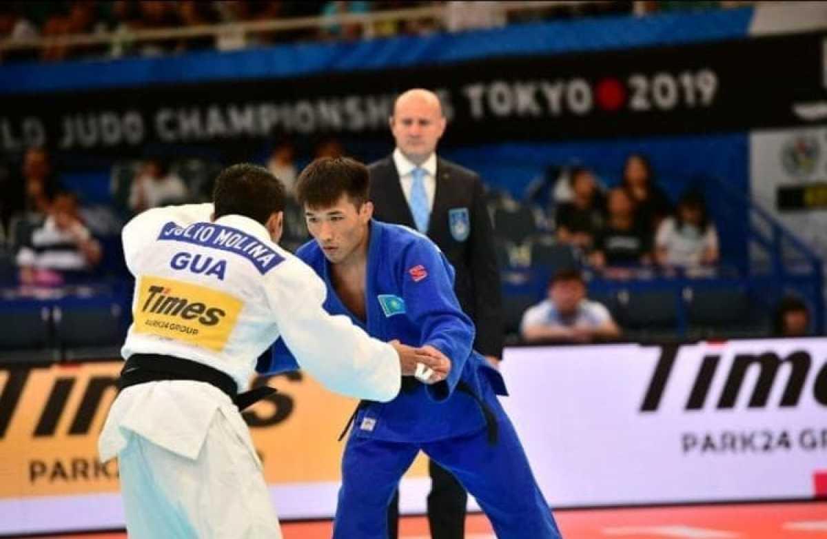 Казахстанский военнослужащий стал серебряным призером чемпионата мира по дзюдо