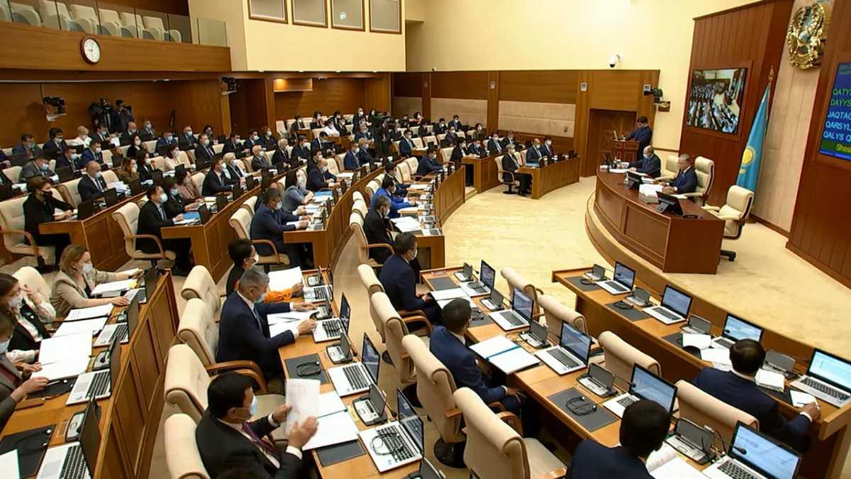Мажилис одобрил два протокола о поправках в Договор о ЕАЭС