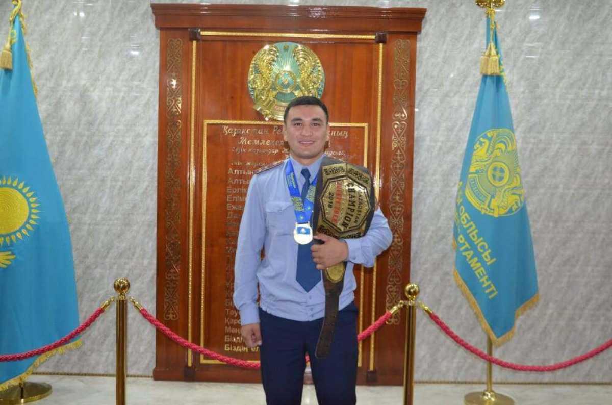 Чемпион по ММА служит в полиции Алматинской области