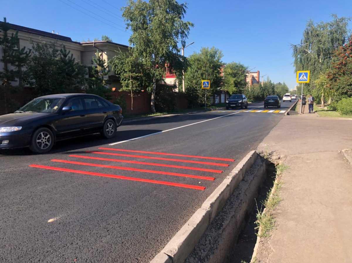Шумовые полосы появляются перед пешеходными переходами в Нур-Султане