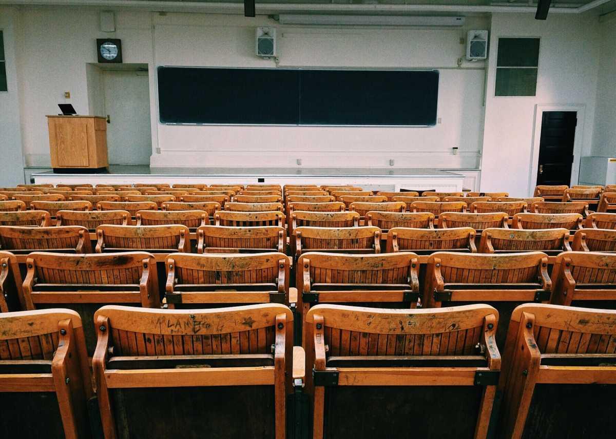 Студенты смогут получить диплом вуза США, живя и учась в Казахстане