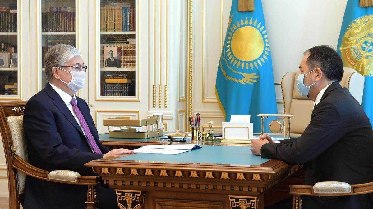 Токаев поручил Сагинтаеву ужесточить контроль за соблюдением карантинных мер в Алматы