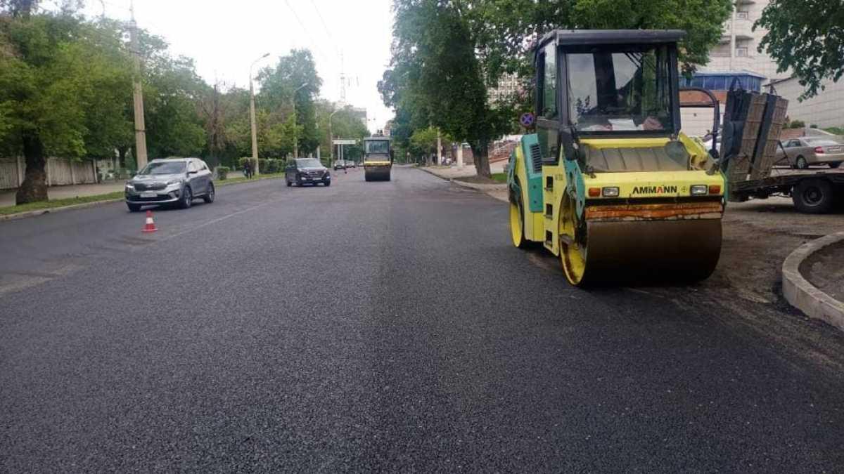 В Алматы построят 350 километров дорог и заменят асфальт на 212 улицах