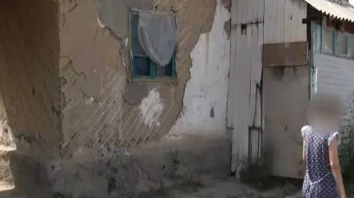 Родной отец изнасиловал 12-летнюю дочь в Алматы
