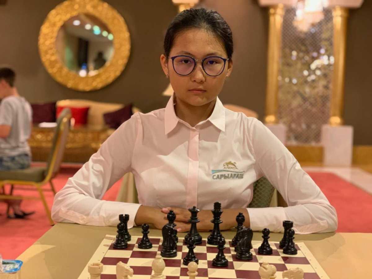 17-летняя казахстанка одна из самых сильнейших шахматистов онлайн-олимпиады — ФИДЕ