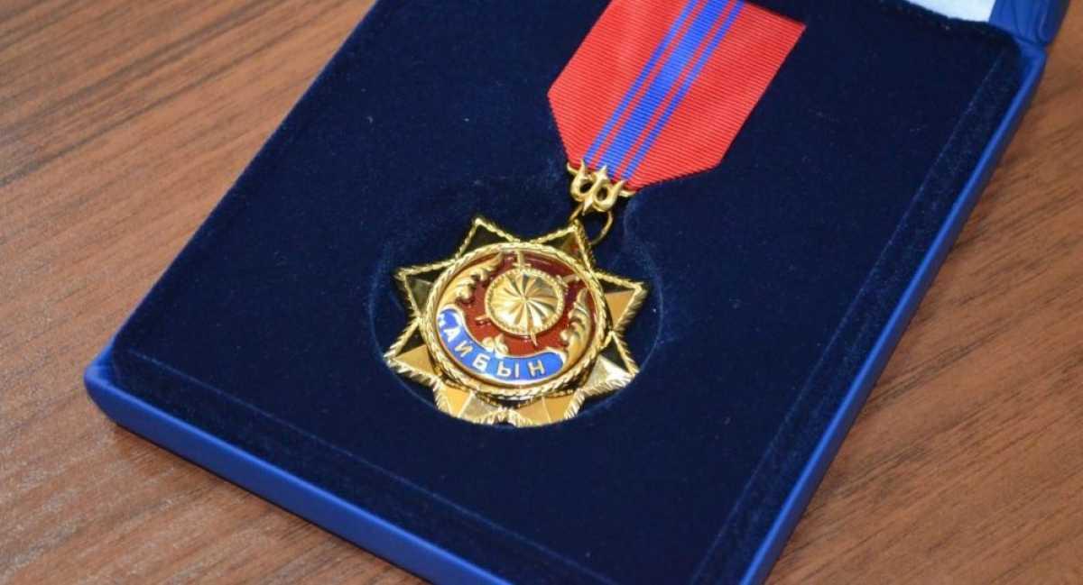 Семьям погибших военнослужащих вручены государственные награды