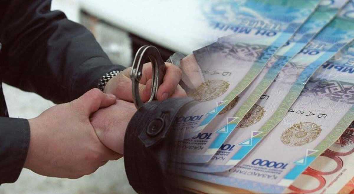 4,5 млн тенге выманил аферист у жителя Караганды