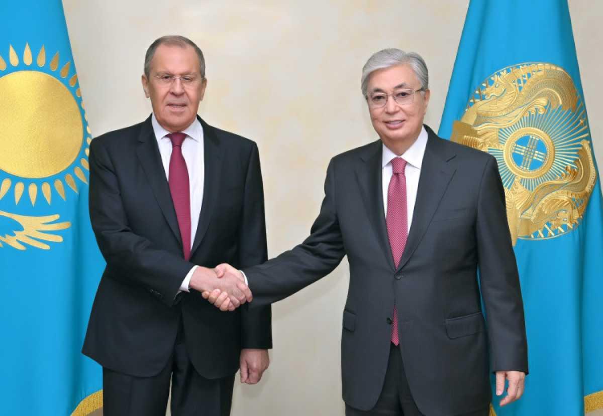 Токаев обсудил с Лавровым ситуацию в Афганистане