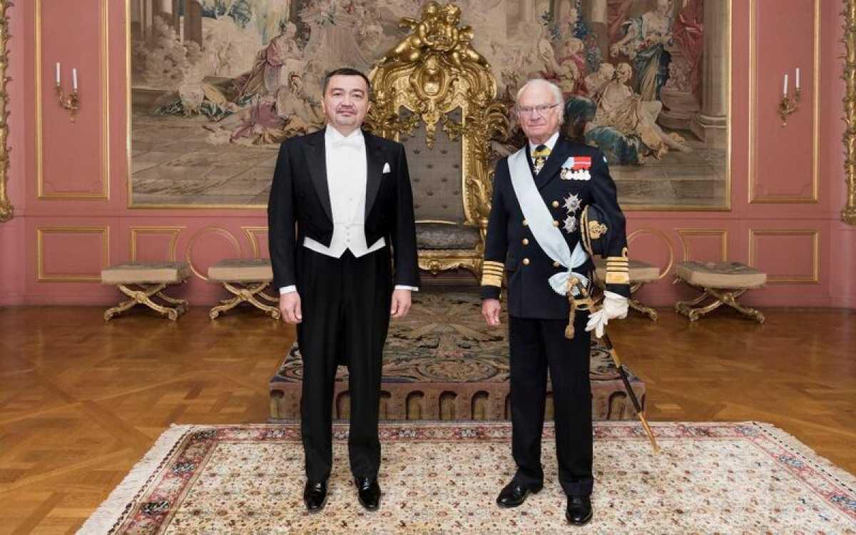 Посол Казахстана в Швеции удостоен аудиенции у Короля Карла XVI Густава