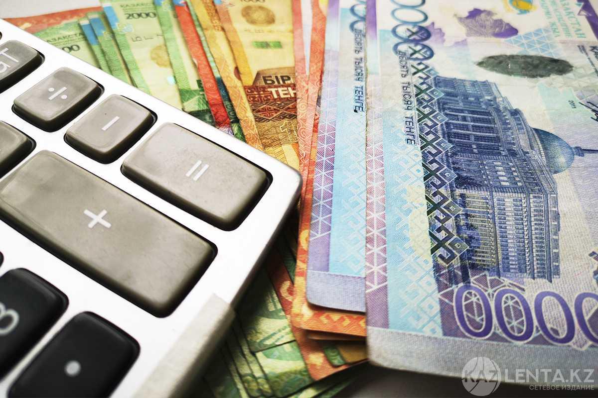 В ВКО торговый представитель присвоил почти 2 млн тенге работодателя