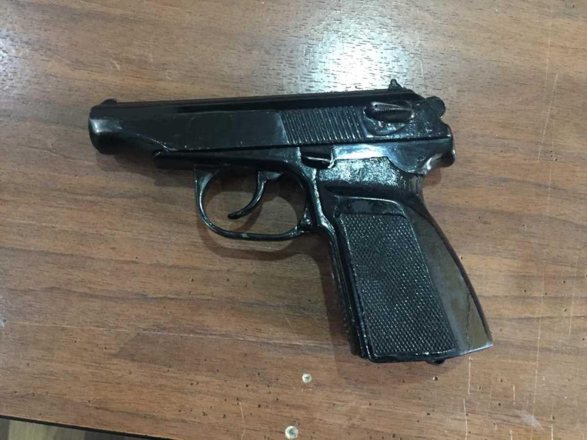 Пистолет нашли полицейские у жителя Петропавловска