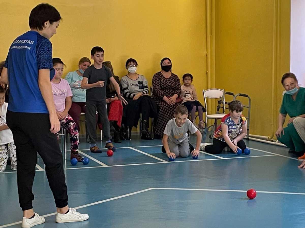 В Восточном Казахстане открылась секция по паралимпийскому виду спорта для детей с инвалидностью